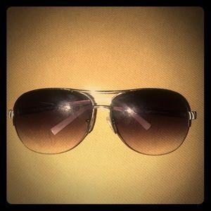 Guess sunglasses 🕶